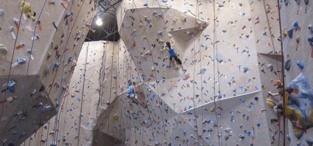 La escalada indoor, un deporte para las grandes ciudades.